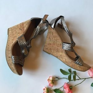Banana republic strappy corked wedged high shoes